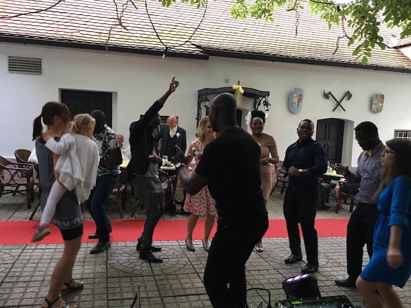 Golemův Restaurant Praha 2 djpekos.cz